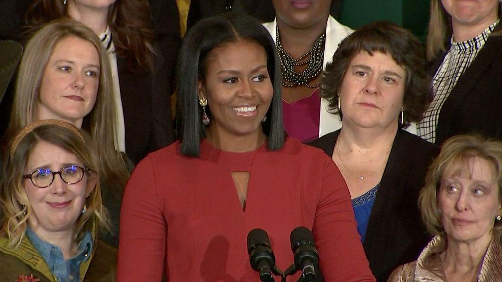 Penampilan Elegan Michelle Obama di Pidato Terakhir Sebagai Ibu Negara
