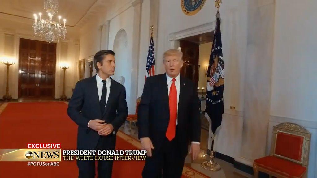 Video Cucu Donald Trump Merangkak Pertama Kali Curi Perhatian
