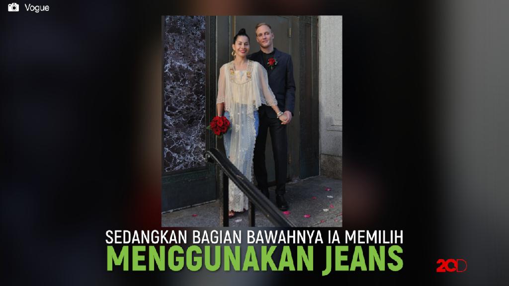 Pengantin Wanita Ini Pakai Celana Jeans di Hari Pernikahannya