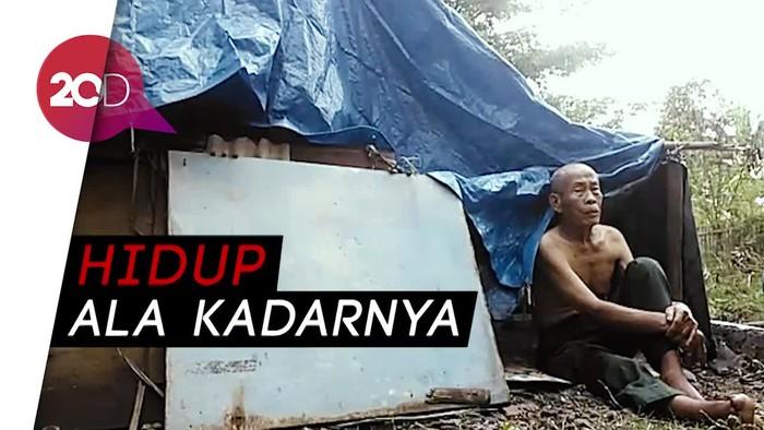 Derita Pasutri Lansia Puluhan Tahun Tinggal di Gubuk Terpal