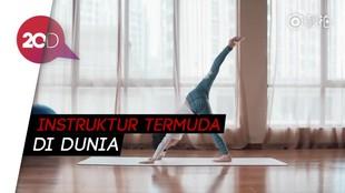 Keren! Baru Berusia 7 Tahun Sudah Jadi Instruktur Yoga