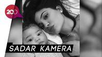 Gemas! Ini Selfie Pertama Kylie Jenner dan Stormi