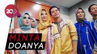 Ingin Punya Momongan, Ricky Perdana dan Istri Umrah