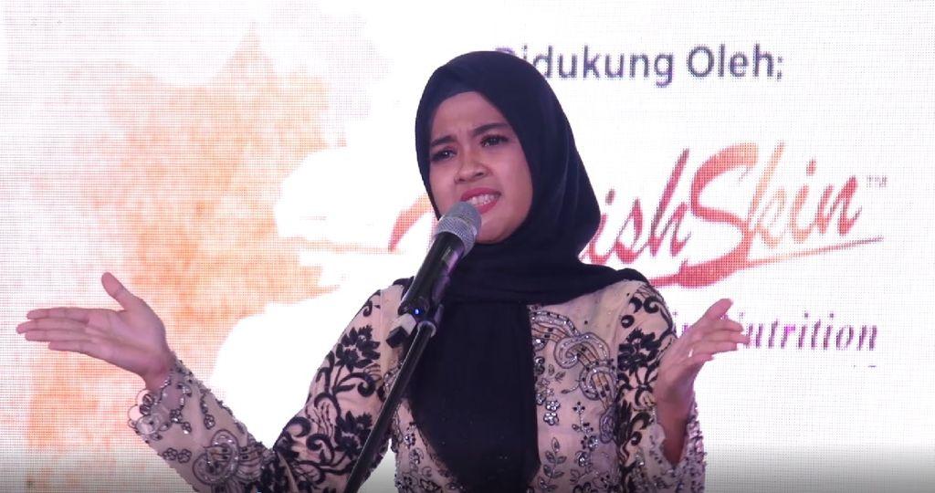 20 Besar Medan-Syarhil Penuh Semangat dari Keke Amelini Siregar
