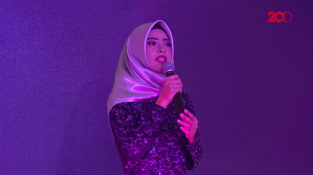 20 Besar Makassar - Tangis Nycta Gina untuk Puisi Marwah