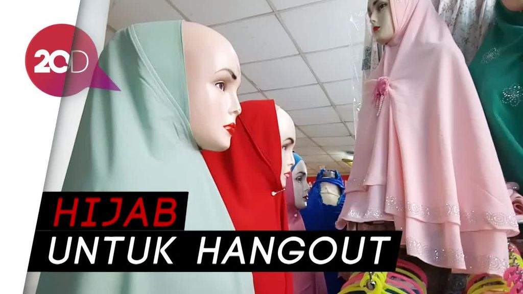 Ini Model Hijab yang Diminati Pembeli di Pasar Tanah Abang