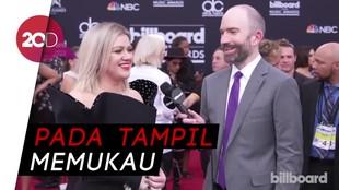 Intip Gaya Busana Selebriti di Billboard Music Awards 2018