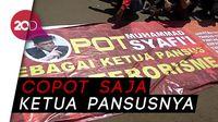 Pemuda Geruduk Gedung DPR Tuntut Selesaikan RUU Antiterorisme