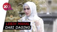 Waw! Ini Hijab Print Scarf Artis Harga Fantastis