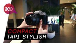 Kamera Fujifilm X-T100 Asyik Buat Nge-vlog dan Selfie