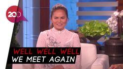 Sapaan Sinis Chrissy Teigen untuk Donald Trump