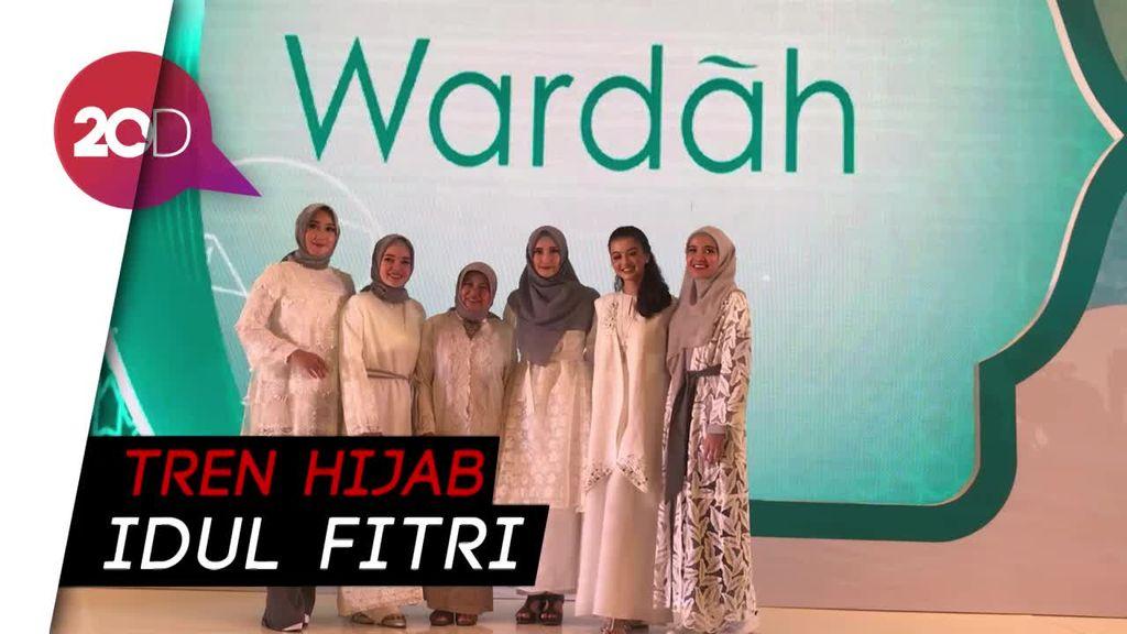 Hijab Voal Andalan Dian Pelangi dan Inneke Koesherawati