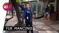Memancing Buaya di Taman Mini Indonesia Indah
