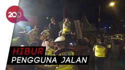 Polisi Gelar Konser di Jalur Nagreg Demi Pemudik