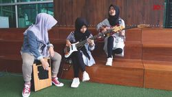 Kegelisahan Voice of Baceprot di Lagu School Revolution