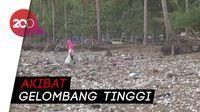 Jorok! Sampah Berserakan di Bibir Pantai Cengkrong