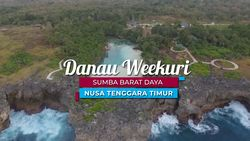 Pesona Unik Danau Weekuri di Pulau Sumba