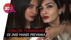 Priyanka Chopra Pamer Cincin Tunangan dengan Nick Jonas