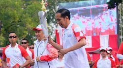 Di Tangan Jokowi, Api Obor Asian Games Sempat Mati