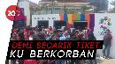 Loket Belum Dibuka, Antrean Tiket Indonesia Vs UEA Mengular