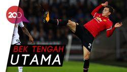 Mourinho Dituntut Cari Suksesor Duet Vidic-Ferdinand