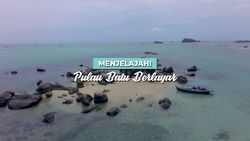 Pulau Batu Berlayar, Pulau Pasir dengan Puluhan Batu Granit