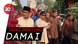 Ekspresi Prabowo di Tengah Pendukung Jokowi