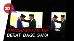 Jokowi Raih Penghargaan Tokoh Pemerataan Pembangunan dari Kadin