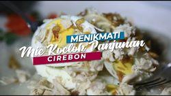 Menikmati Mie Koclok Cirebon