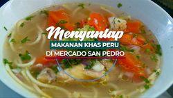 Menyantap Makanan Khas di Dataran Tinggi Mercado San Pedro