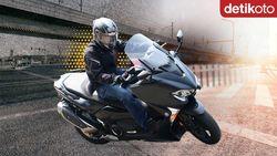Review Yamaha TMax DX: Skuter Maxi Berteknologi MotoGP