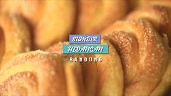 Mencicipi Roti Khas Zaman Dulu, Bandung