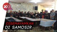 Isak Tangis Iringi Pelepasan Korban Pembunuhan Keluarga di Bekasi
