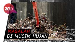 Sempat Diserbu Sampah, Pintu Air Manggarai Kembali Bersih