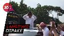 Pulang dari Reuni 212, Prabowo Dapat Kopiah