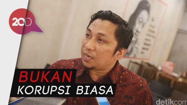 Amsari Soeharto Guru Korupt Custom 650 Titiek