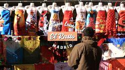 Berkunjung ke Pasar Loak El Rastro Madrid