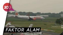 Roda Pesawat Lion Air Ambles di Surabaya, AP: Karena Kultur Tanah