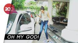 Gokil! Baim Wong Ngerjain Paula dengan Jutaan Kelereng di Mobil