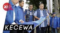 Raut Wajah Sedih SBY Melihat Atribut PD Dirusak