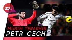 Petr Cech Gantung Sepatu