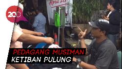 Mengais Rezeki di Area Debat Perdana Pilpres 2019
