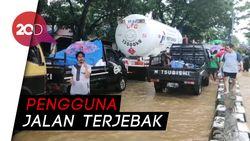 Jalan Trans Sulawesi Lumpuh Akibat Banjir di Maros