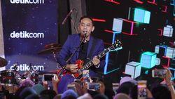 Pongki ft The Dangerous Band Sukses Bikin Warga Cibubur Jadi Galau