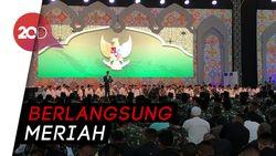 Disambut Selawat, Jokowi Bukber Bareng TNI-Polri