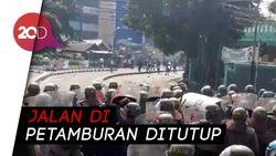 Bentrok Polisi-Massa di Daerah Petamburan