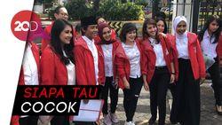 PSI Pamerkan Kader Muda ke Jokowi, Untuk Kursi Menteri?