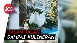 Cantiknya Gaya Yoona SNSD Saat Liburan di Bali