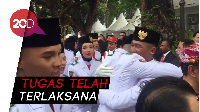Momen Haru Paskibraka Usai Kibarkan Merah Putih di Istana Merdeka