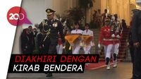 Penurunan Merah Putih Akhiri Upacara HUT Ke-74 RI di Istana Merdeka